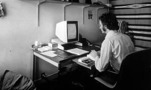 Larry Tesler using an early Xerox Parc Alto personal computer system in the 1970s.
