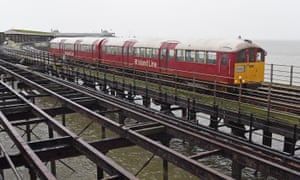 An Island train on Ryde Pier