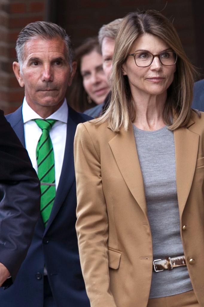 Lori Loughlin Mossimo Giannulli Plead Guilty